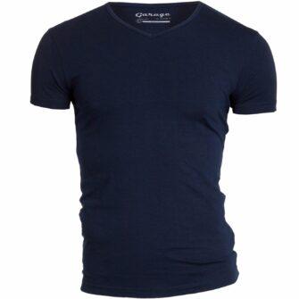 GARAGE Body Fit T-Shirt mit V-Ausschnitt