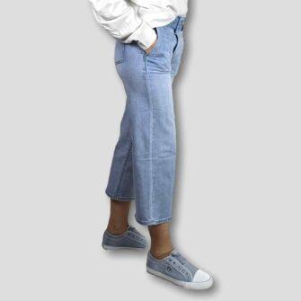 Culotte Jeans mit Guertel