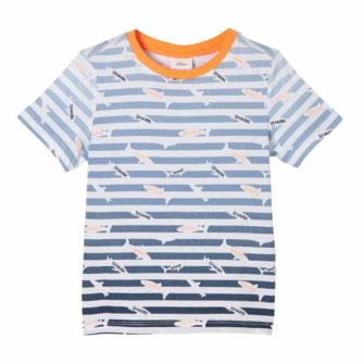 Streifenshirt im maritimen Look
