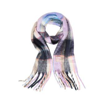 Kuscheliger Schal im Karo Dessin