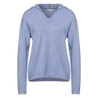 Kuschelweicher Pullover im Hoodie Style