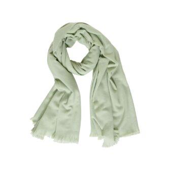 Kuscheliger Schal in angesagten Unifarben
